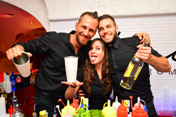 Agenzia barman collocamento offerte lavoro barman e barista for Cerco ufficio a roma